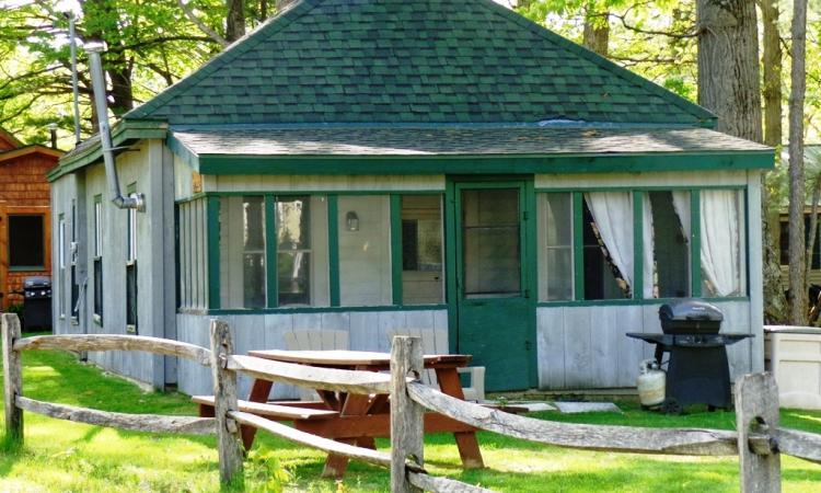 1-bungalow-exterior