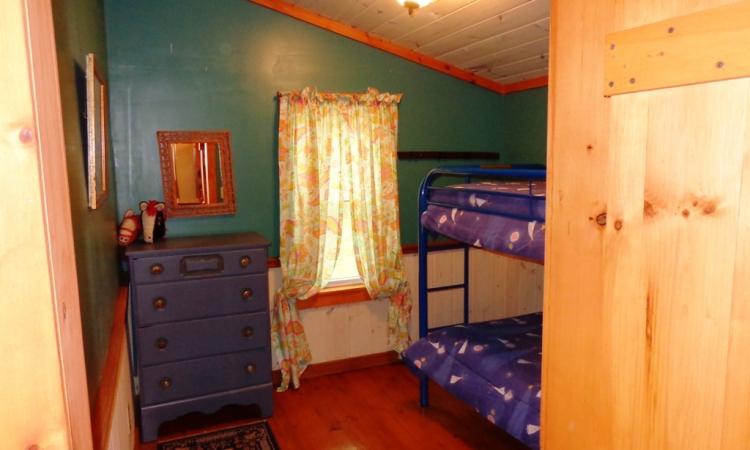 7-arbor-bunk-room